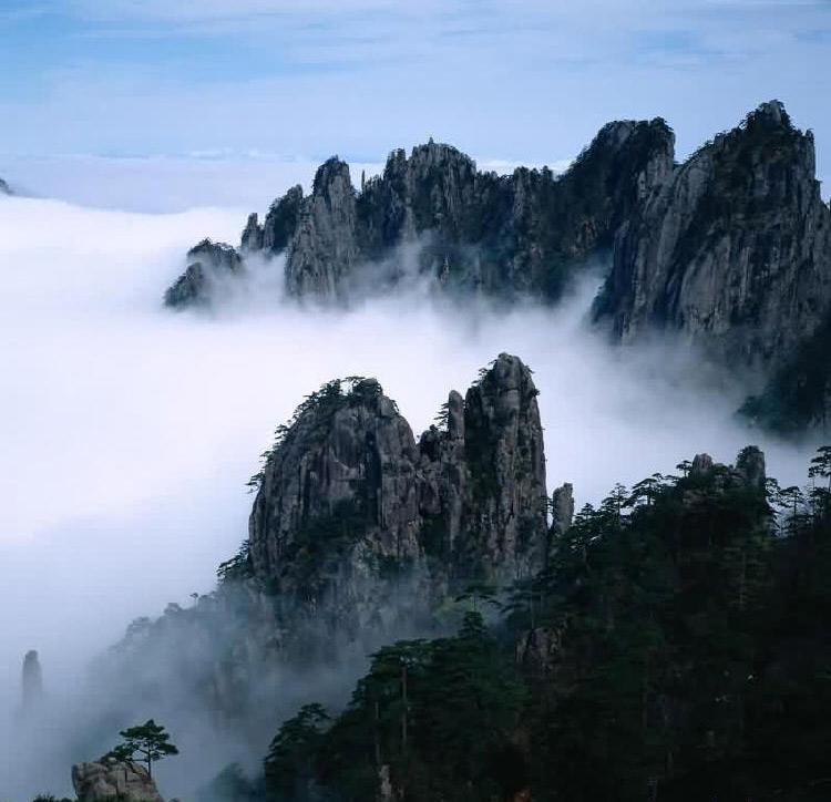 庐山大门风景图片